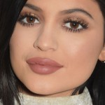 Kylie Jenner Donates Presents to LGBT Youth Charity