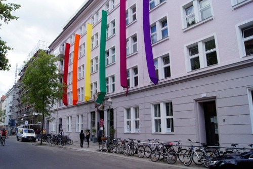 Schwulenberatung Opens To LGBT Refugees
