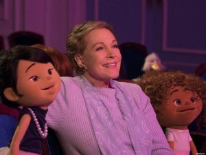 Julie Andrews speaks out for LGBT rights and proves she's practically perfect in every way