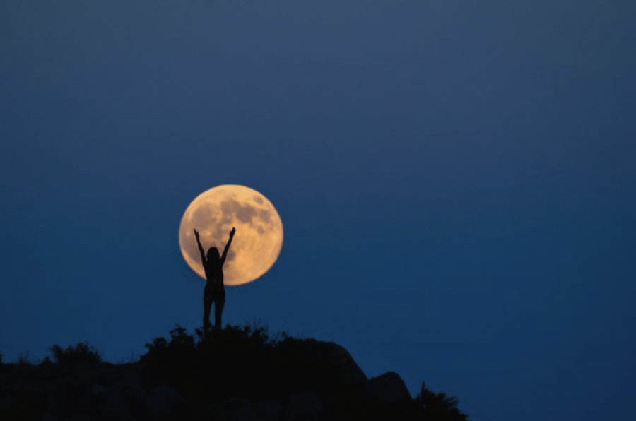 Full moon rituals. Hippy nonsense or good for mental wellbeing?